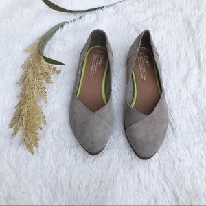 TOMS Jutti Pointed Toe Suede Flats